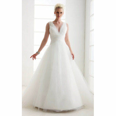 Dressing for your body type: Choosing Wedding Gown for your Body Shape